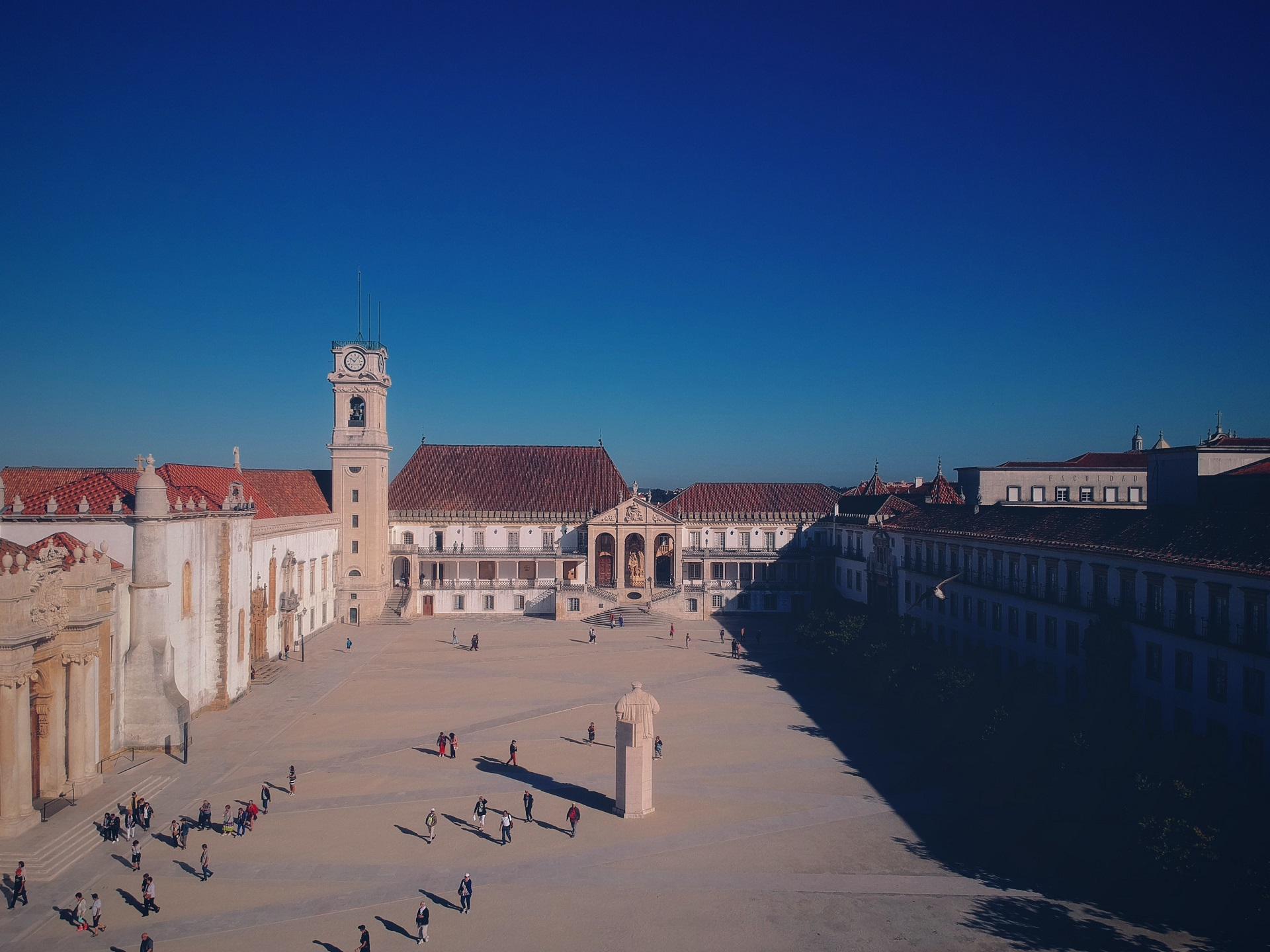 Allmicroalgae Mafalda Trovão was awarded with Best Poster, at the MicroBiotec19 congress, in Coimbra